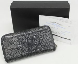 CHROME HEARTS Cemetery Cross Round Zip Wallet