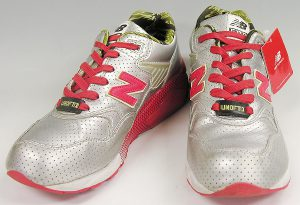 NEW BALANCE×STUSSY×HECTIC×UNDEFEATED MT580 USV