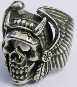 BOOTLEGGERS skull Wing ring